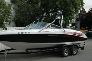 Yamaha-Jet-Boat-SX220